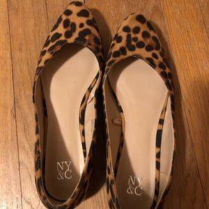 Cheetah print pointy toe flats